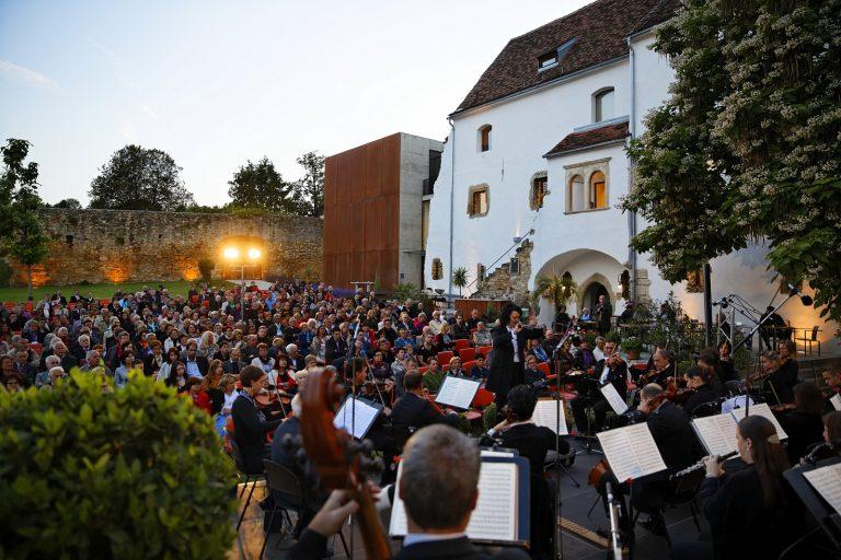 Schlosshofserenade in Hartberg