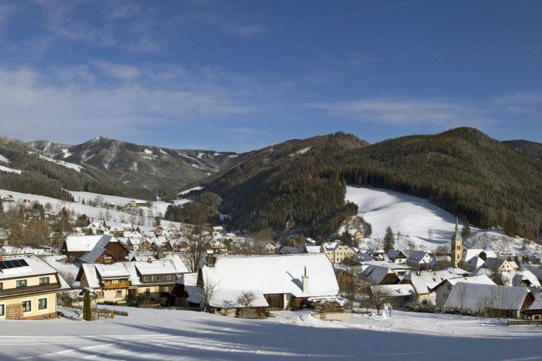 Rettenegg im Winter - Blick vom Lift