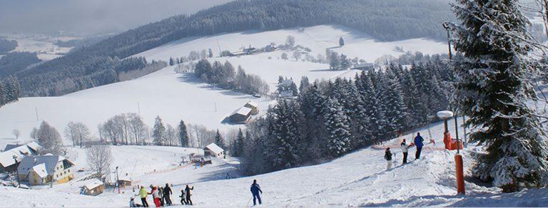 Skifahren in Sankt Jakob im Walde